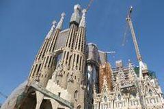 gruppenreisen_barcelona_sagrada_ansicht