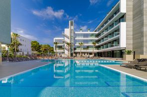 H10 Playas de Mallorca Pool