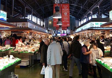 gruppenreisen-barcelona-markt