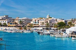 Cala Ratjada ist ein beliebter Ort auf Mallorca für Gruppenreisen