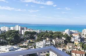 Blick auf das Meer vom Hotel Maria Isabel