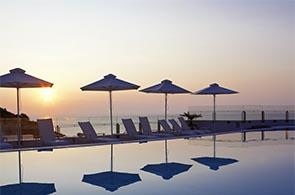 Pool des Apostola Island Resort