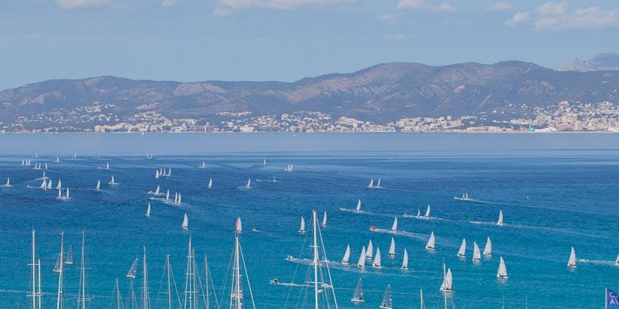 Blick von El Arenal auf Palma de Mallorca